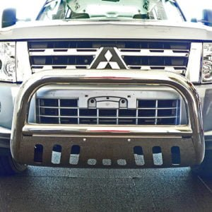 Mitsubishi-Pajero-NQ-NX-Stainless-steel-nudge-bar-with-stone-guard