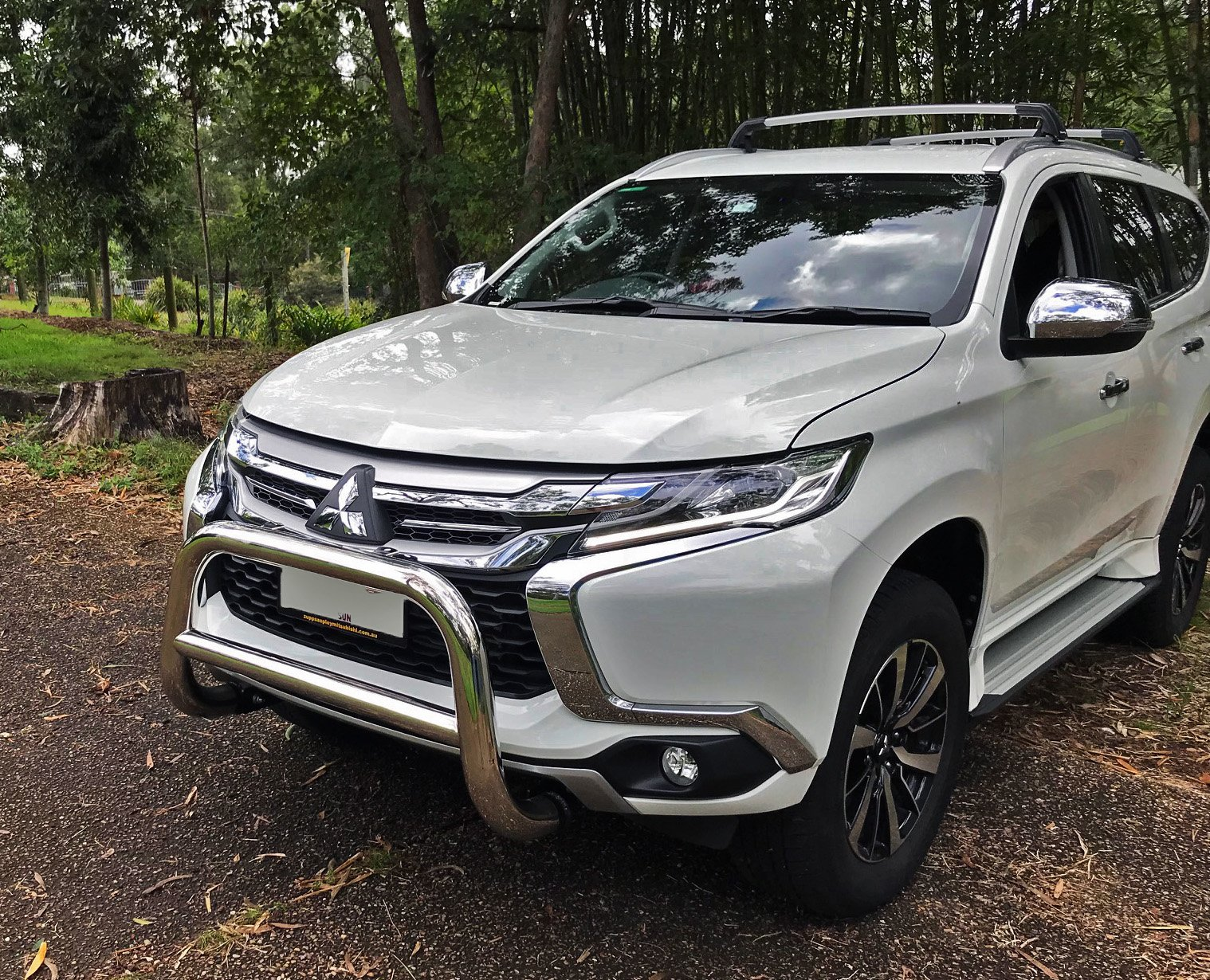 2015-2020 Mitsubishi Pajero SPORT Stainless Steel Nudge Bar Australian Designed with Heavier Wall Construction Equipe Automotive 44